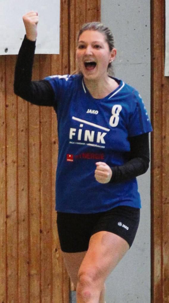 Faustball, Saison 2016/2017, 1. Bundesliga Süd Frauen, TV Vaihingen (blaue Trikots) - TSV Calw (schwarze Trikots), Jubel, Freude, Anfeuerung, Stefanie Späth